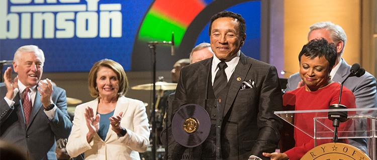 Smokey Robinson Receives the Gershwin Prize