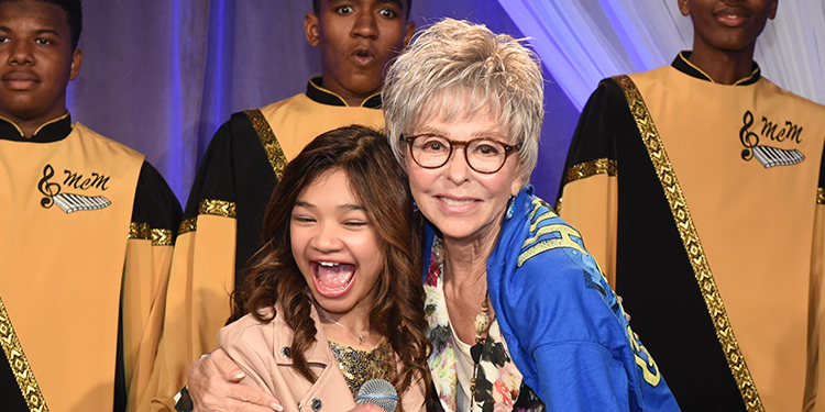 Angelica Hale, Rita Moreno and the Singing Mustangs Choir from Eleanor McMain Secondary School in New Orleans celebrate public media. (Photo by Strout Photography.)