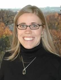 Anne Brachman Headshot.jpg
